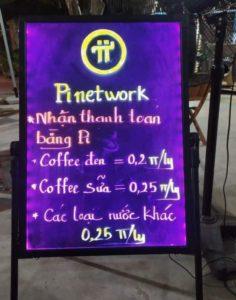 Uống cafe thanh toán bằng Pi
